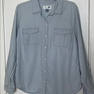 Old Navy chambray button shirt size Lg. Tall